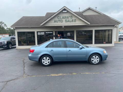 2009 Hyundai Sonata for sale at Clarks Auto Sales in Middletown OH