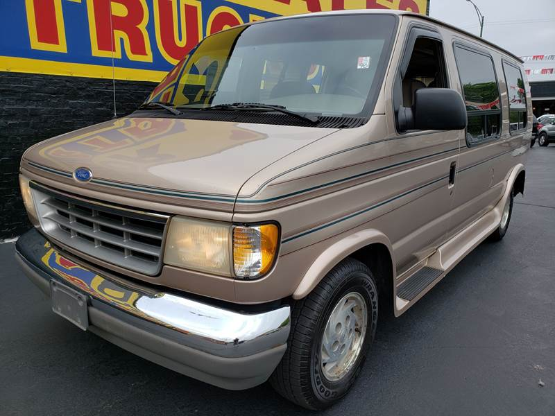 1993 Ford E150 Conversion Mark III In Chicago IL