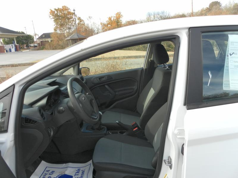 2016 Ford Fiesta S 4dr Sedan - Lenoir City TN