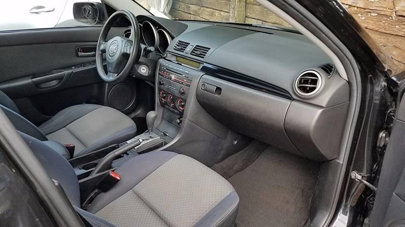 2004 Mazda MAZDA3 i 4dr Sedan - Greer SC