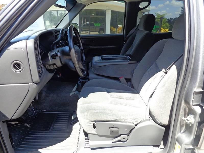 2006 Chevrolet Silverado 2500HD LT1 4dr Crew Cab SB - Jackson GA