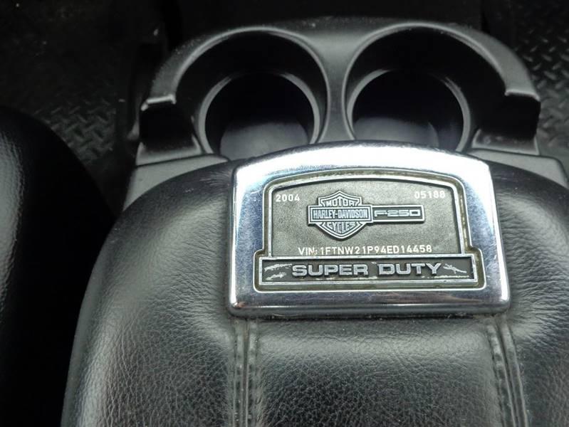 2004 Ford F-250 Super Duty 4dr Crew Cab Lariat 4WD SB - Jackson GA