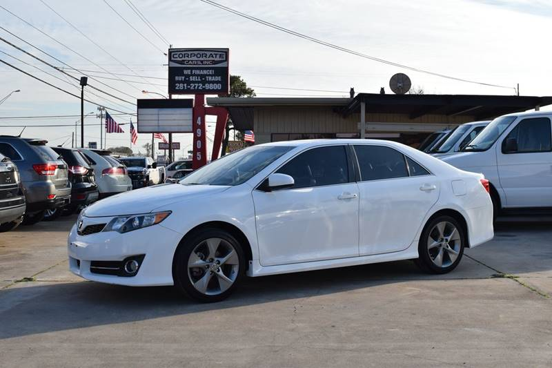 Exceptional 2012 Toyota Camry SE V6 4dr Sedan   Houston TX