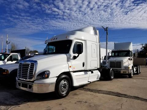 2015 Freightliner Cascadia for sale in Houston, TX
