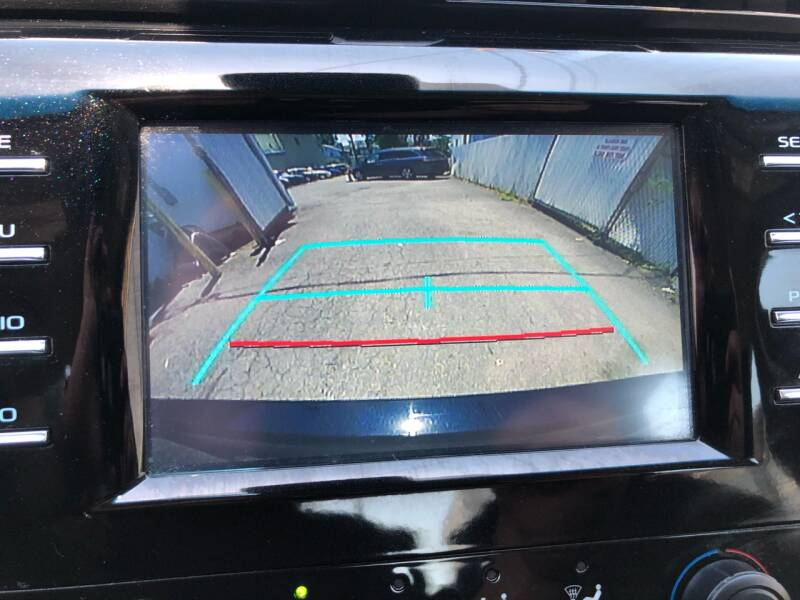 2018 Toyota Camry LE 4dr Sedan - Roselle NJ