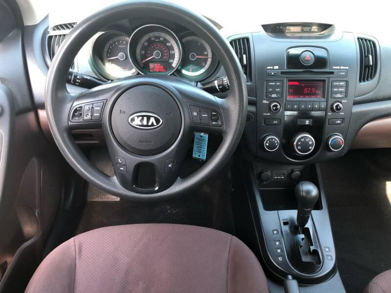 2010 Kia Forte EX 4dr Sedan 4A - Roselle NJ
