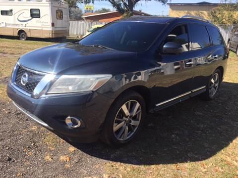 2013 Nissan Pathfinder for sale at MISSION AUTOMOTIVE ENTERPRISES in Plant City FL