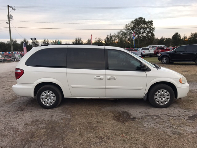 2007 Chrysler Town and Country LX 4dr Extended Mini Van - Dover FL