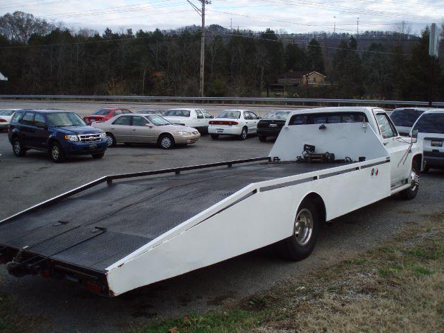 1983 GMC C/K 3500 Series Reg. Cab 2WD - Clinton TN