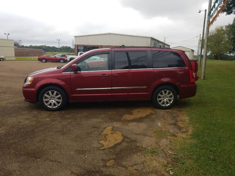 2012 Chrysler Town and Country Touring 4dr Mini-Van - Martin TN
