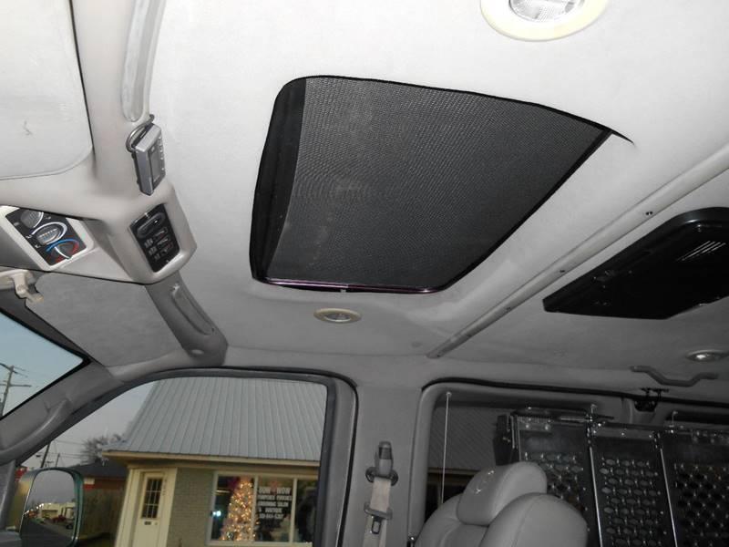 2007 Chevrolet Express Cargo 1500 (image 8)