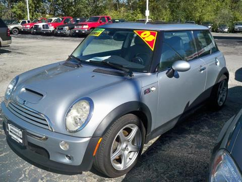 2005 MINI Cooper for sale at SPRINGFIELD PRE-OWNED in Springfield IL