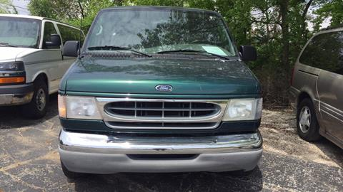 2001 Ford E-Series Wagon for sale in Springfield, IL