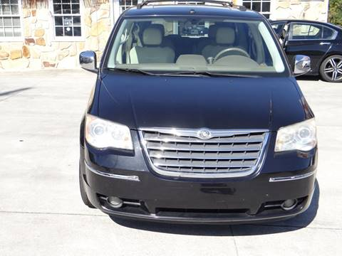 2009 Chrysler Town and Country for sale in Woodstock, GA