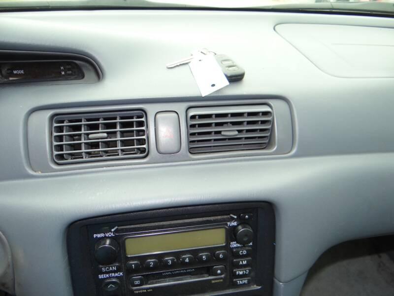 2001 Toyota Camry LE 4dr Sedan - Woodstock GA