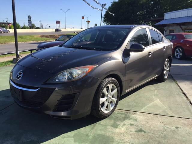 2010 Mazda MAZDA3 for sale at Sanders Auto Solutions in San Antonio TX