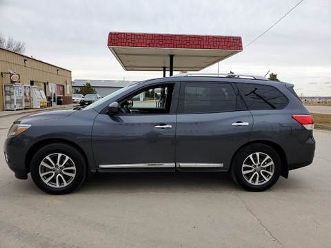 2013 Nissan Pathfinder for sale at Dakota Auto Inc. in Dakota City NE