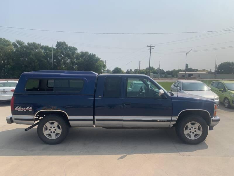 1994 Chevrolet C/K 1500 Series for sale at Dakota Auto Inc. in Dakota City NE