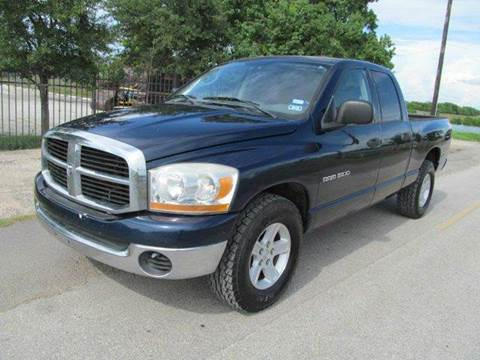 2006 Dodge Ram Pickup 1500 for sale at Universal Credit in Houston TX