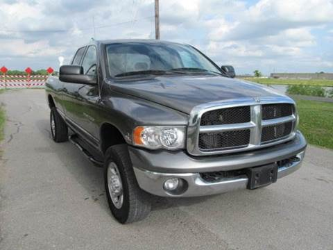2005 Dodge Ram Pickup 2500 for sale at Universal Credit in Houston TX