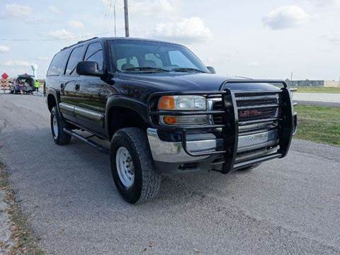 2001 GMC Yukon XL for sale at Universal Credit in Houston TX