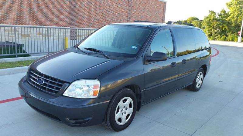 2007 Ford Freestar for sale at Universal Credit in Houston TX