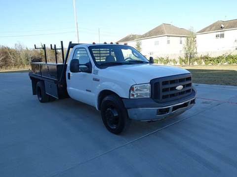 2006 Ford F-350 Super Duty for sale at Universal Credit in Houston TX