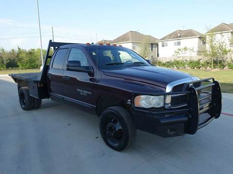 2005 Dodge Ram Pickup 3500 for sale at Universal Credit in Houston TX