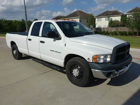 2004 Dodge Ram Pickup 3500 for sale at Universal Credit in Houston TX