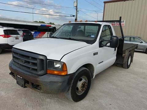 1999 Ford F-350 Super Duty for sale at Universal Credit in Houston TX