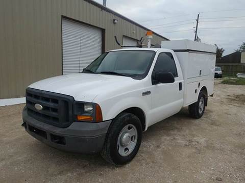 2005 Ford F-350 Super Duty for sale at Universal Credit in Houston TX