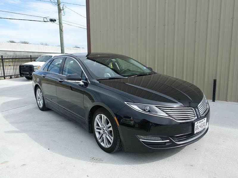 2015 Lincoln MKZ for sale at Universal Credit in Houston TX