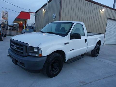 2004 Ford F-250 Super Duty for sale at Universal Credit in Houston TX