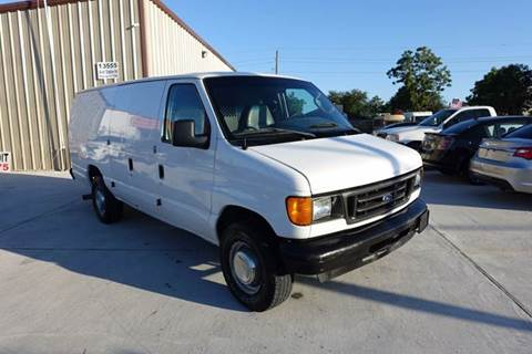 2006 Ford E-Series Cargo for sale at Universal Credit in Houston TX