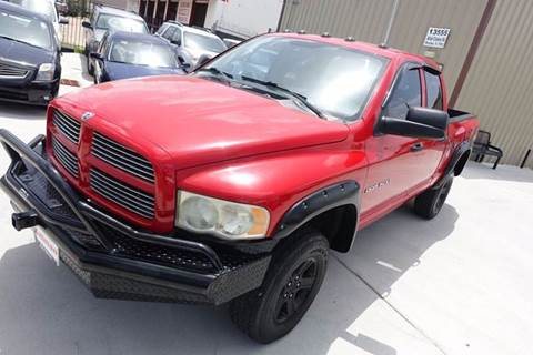 2004 Dodge Ram Pickup 1500 for sale at Universal Credit in Houston TX