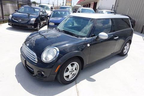 2011 MINI Cooper Clubman for sale at Universal Credit in Houston TX