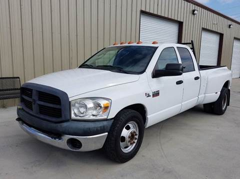 2007 Dodge Ram Pickup 3500 for sale at Universal Credit in Houston TX