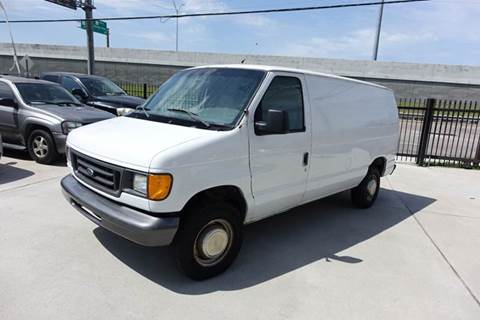 2003 Ford E-Series Cargo for sale at Universal Credit in Houston TX