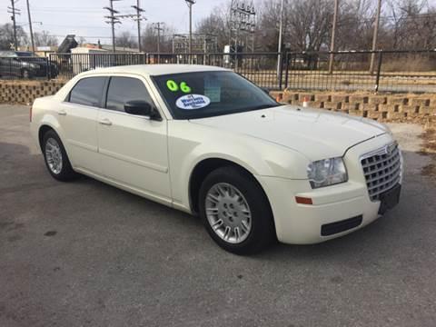 2006 Chrysler 300 for sale in Belton, MO