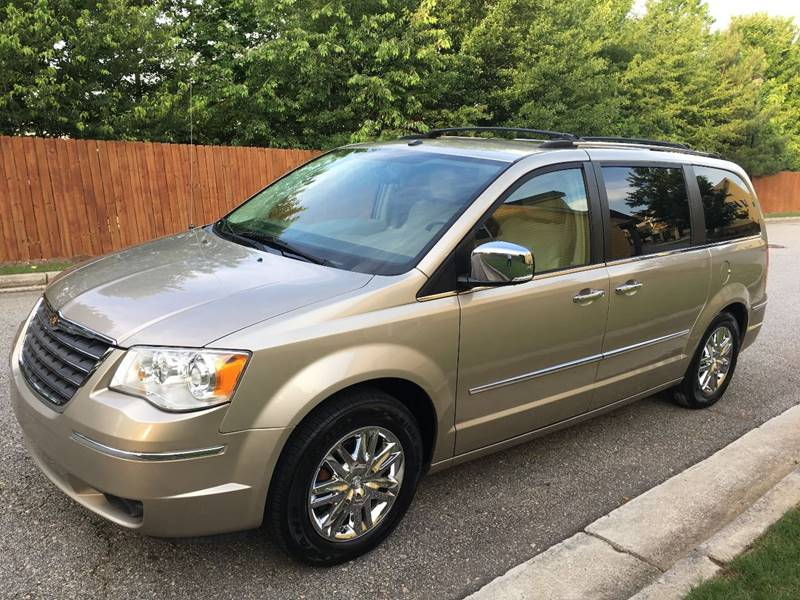2008 Chrysler Town and Country Limited In Gainesville GA - Capital ...