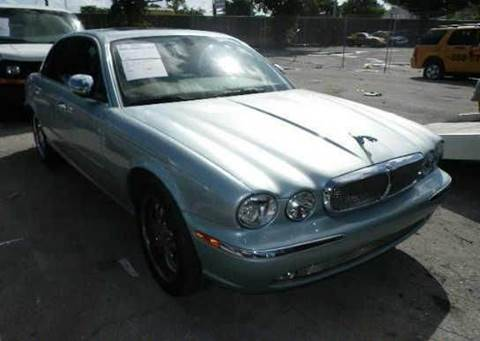 2004 Jaguar XJ-Series for sale at AUTO & GENERAL INC in Fort Lauderdale FL