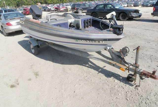 1987 Bayliner 507X7B for sale at AUTO & GENERAL INC in Fort Lauderdale FL