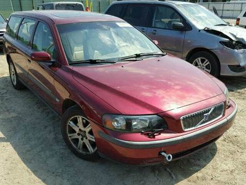2004 Volvo V70 for sale at AUTO & GENERAL INC in Fort Lauderdale FL