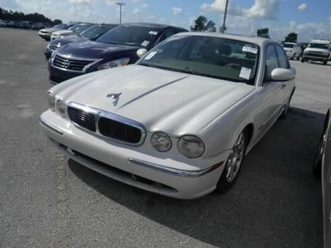 2004 Jaguar XJ-Series for sale at AUTO & GENERAL INC in Fort Lauderdale FL