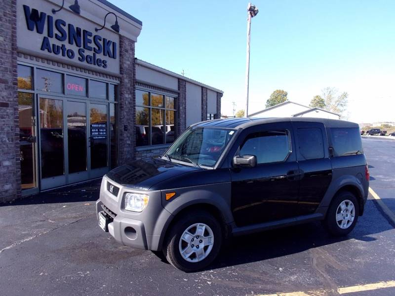 2005 Honda Element for sale at Wisneski Auto - Packerland Dr. in Green Bay WI
