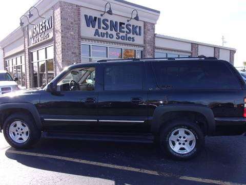2005 Chevrolet Suburban for sale at Wisneski Auto - Packerland Dr. in Green Bay WI