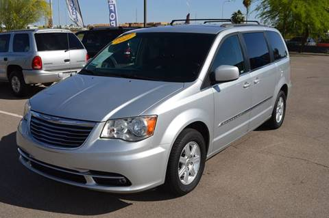 2011 Chrysler Town and Country for sale in Chandler, AZ