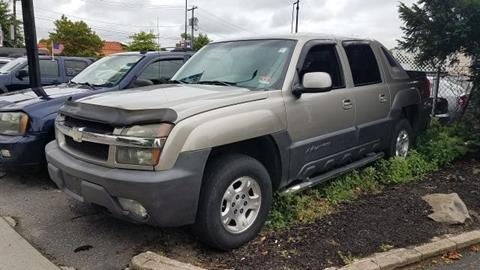 2003 Chevrolet Avalanche for sale in Patchogue, NY