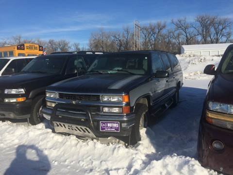 1999 Chevrolet Suburban for sale at L & J Motors in Mandan ND