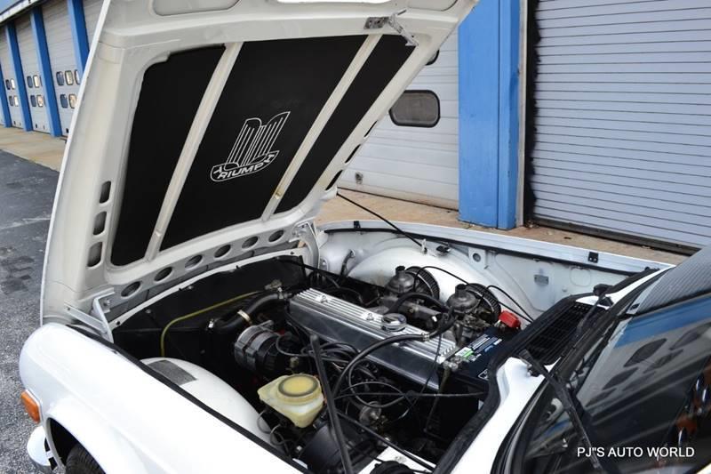 1974 Triumph TR6 24